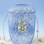 1050 Tonolith-Anhydrit Seeurne mit Anker.  Sehr schöne blaue Urne