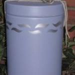 2061 Seeurne, Friesenblau, Wellen-Dekor  Klassische Urne, hergestellt aus Thonolit von Kalk und Gips.